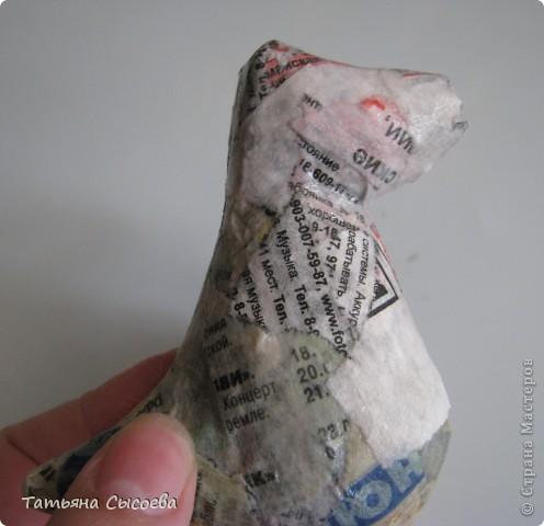 Сегодня расскажу, как сделать елочную игрушку из папье-маше на примере Дракончика. фото 7