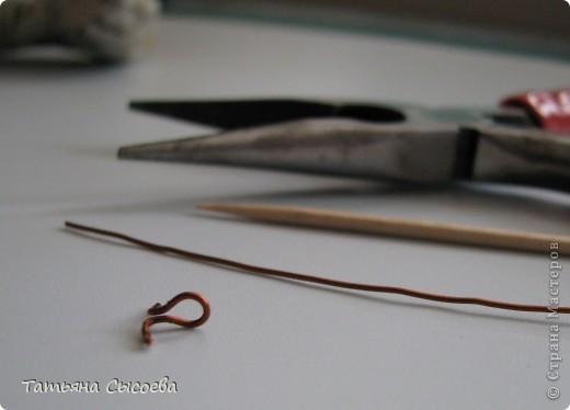 Сегодня расскажу, как сделать елочную игрушку из папье-маше на примере Дракончика. фото 14