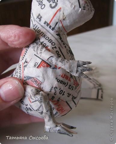 Сегодня расскажу, как сделать елочную игрушку из папье-маше на примере Дракончика. фото 22