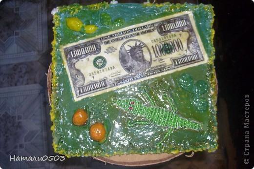 Панно с купюрой миллион долларов  и сплетенный крокодил из бисера!