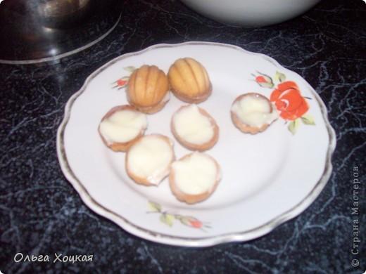 """Моё любимое печенье """"Орешки"""". Пару лет назад купила эту формочку и занялась поисками теста. Рецептов есть несколько и перепробовав их, остановилась на этом. Орешки я делаю с заварным кремом. фото 10"""