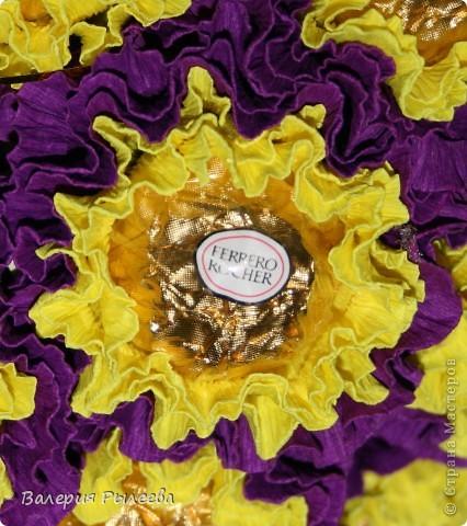 Мастер-класс Свит-дизайн 8 марта Бумагопластика Сладкий букет Фантазия  Бумага гофрированная Продукты пищевые фото 4