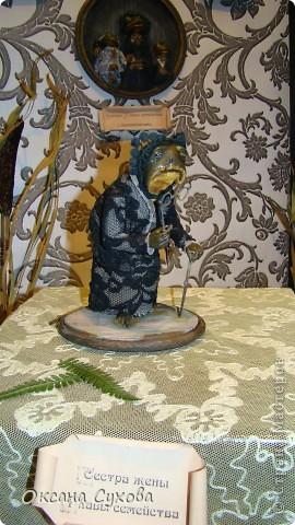 Приглашаю всех на выставку кукол, которая проходит на Тишинке в г. Москве!!!!! А кто не может лично посетить эту интересную  выставку, я хочу предоставить такую возможность, заглянув на неё при помощи моего фотоаппарата..... Приятного просмотра!!! фото 9