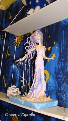Приглашаю всех на выставку кукол, которая проходит на Тишинке в г. Москве!!!!! А кто не может лично посетить эту интересную  выставку, я хочу предоставить такую возможность, заглянув на неё при помощи моего фотоаппарата..... Приятного просмотра!!! фото 24