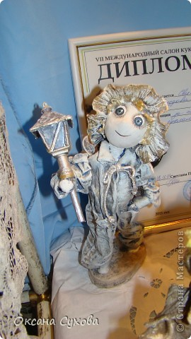 Приглашаю всех на выставку кукол, которая проходит на Тишинке в г. Москве!!!!! А кто не может лично посетить эту интересную  выставку, я хочу предоставить такую возможность, заглянув на неё при помощи моего фотоаппарата..... Приятного просмотра!!! фото 31