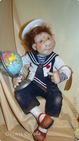 Приглашаю всех на выставку кукол, которая проходит на Тишинке в г. Москве!!!!! А кто не может лично посетить эту интересную  выставку, я хочу предоставить такую возможность, заглянув на неё при помощи моего фотоаппарата..... Приятного просмотра!!! фото 36