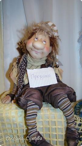 Приглашаю всех на выставку кукол, которая проходит на Тишинке в г. Москве!!!!! А кто не может лично посетить эту интересную  выставку, я хочу предоставить такую возможность, заглянув на неё при помощи моего фотоаппарата..... Приятного просмотра!!! фото 37