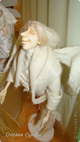 Приглашаю всех на выставку кукол, которая проходит на Тишинке в г. Москве!!!!! А кто не может лично посетить эту интересную  выставку, я хочу предоставить такую возможность, заглянув на неё при помощи моего фотоаппарата..... Приятного просмотра!!! фото 43