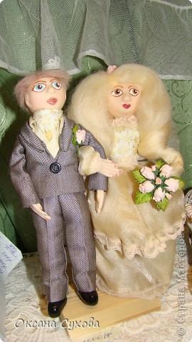 Приглашаю всех на выставку кукол, которая проходит на Тишинке в г. Москве!!!!! А кто не может лично посетить эту интересную  выставку, я хочу предоставить такую возможность, заглянув на неё при помощи моего фотоаппарата..... Приятного просмотра!!! фото 54