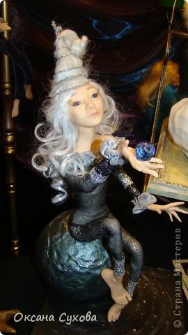 Приглашаю всех на выставку кукол, которая проходит на Тишинке в г. Москве!!!!! А кто не может лично посетить эту интересную  выставку, я хочу предоставить такую возможность, заглянув на неё при помощи моего фотоаппарата..... Приятного просмотра!!! фото 62