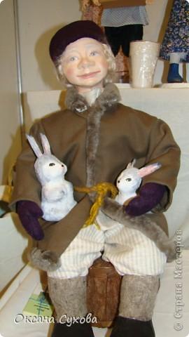 Приглашаю всех на выставку кукол, которая проходит на Тишинке в г. Москве!!!!! А кто не может лично посетить эту интересную  выставку, я хочу предоставить такую возможность, заглянув на неё при помощи моего фотоаппарата..... Приятного просмотра!!! фото 66