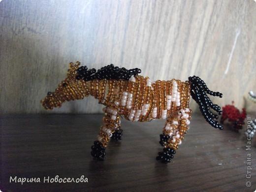 Хочу поделиться схемами плетения забавных фигурок. Подобные вещицы очень любят плести мои ученики фото 20