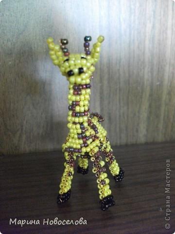 Хочу поделиться схемами плетения забавных фигурок. Подобные вещицы очень любят плести мои ученики фото 26