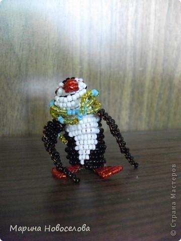Хочу поделиться схемами плетения забавных фигурок. Подобные вещицы очень любят плести мои ученики фото 29