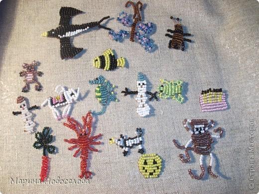 Хочу поделиться схемами плетения забавных фигурок. Подобные вещицы очень любят плести мои ученики фото 2
