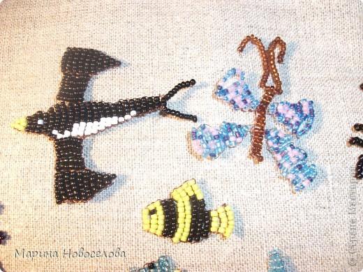 Хочу поделиться схемами плетения забавных фигурок. Подобные вещицы очень любят плести мои ученики фото 5