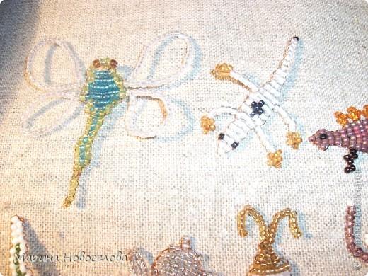 Хочу поделиться схемами плетения забавных фигурок. Подобные вещицы очень любят плести мои ученики фото 9