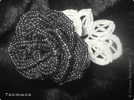 Один из первых опытов плетения из газет.  Хотелось сделать оригинальную упаковку для подарка новорожденному(естественно мальчик) мудрила-мудрила вот и на мудрила)) фото 3
