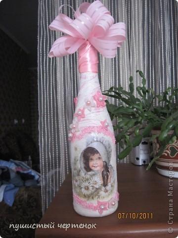 Собираюсь на крестины к малюсенькой девочке:) Вначале хотела родителям подарить бутылку с лепкой , уже и розы налепила, но потом наткнулась на работы  http://stranamasterov.ru/user/85389 И поняла, что именно нечто похожее хочу сотворить..... фото 1
