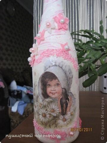 Собираюсь на крестины к малюсенькой девочке:) Вначале хотела родителям подарить бутылку с лепкой , уже и розы налепила, но потом наткнулась на работы  http://stranamasterov.ru/user/85389 И поняла, что именно нечто похожее хочу сотворить..... фото 2