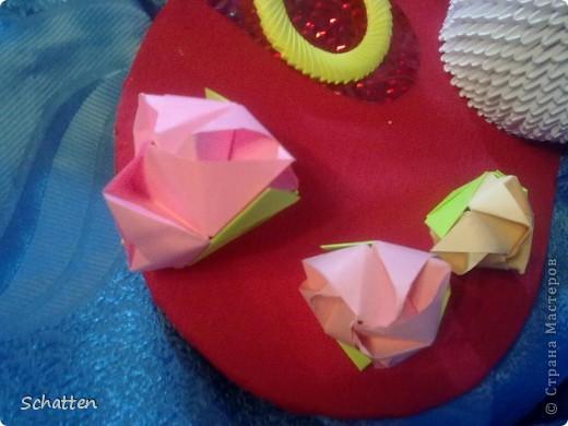 Попросили сделать именно лебедей, именно модульное оригами. Где-то кто-то увидел и, соответственно, родилась идея, я только воплоститель желаний и повторитель автора. фото 4