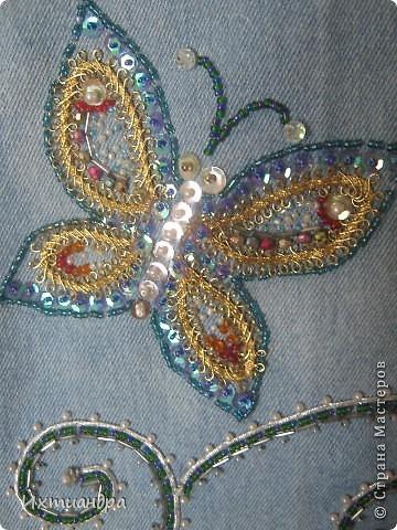 Летняя сумочка из старых джинсов. Рыбки украшены бисером. фото 14