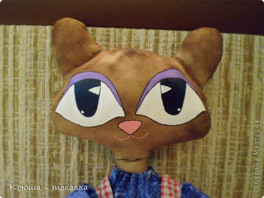 Таких кошек в сети много, знаю, но я ведь только начинаю учиться пошиву игрушек:) Вот такая девочка родилась вчера ночью. фото 3