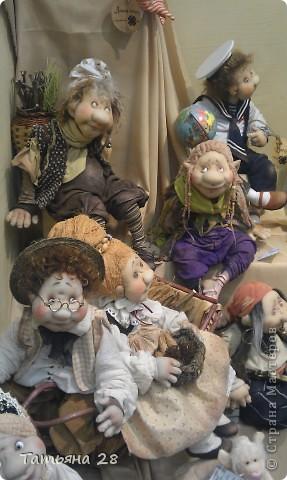 """Сегодня был последний день """"Международной выставки кукол"""". Хочу показать Вам фоторепортаж с выставки. Комментировать не буду, кто автор какой куклы)))) Просто посмотрим.....  фото 1"""