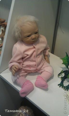 """Сегодня был последний день """"Международной выставки кукол"""". Хочу показать Вам фоторепортаж с выставки. Комментировать не буду, кто автор какой куклы)))) Просто посмотрим.....  фото 2"""