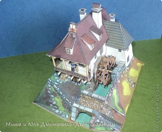 Мой муж построил много настоящих домов. К этому обязывает работа.  А теперь пришло время приступить к своему! Начнем с маленького. Ведь от маленького до великого один шаг! Если быть точным это водяная мельница.  фото 1