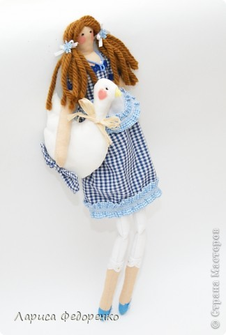 Кукла Тильда хозяюшка  Алина с гусиком  фото 4