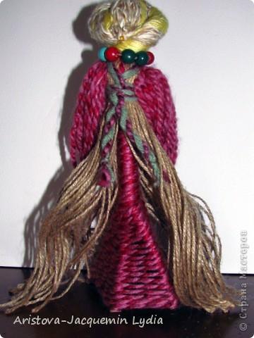 """""""...Это образ женщины с ребёнком, недавно начавшим ходить. Она его поддерживает, учит, ведёт. Мне даже больше кажется - не просто она его ходить учит """"физически"""", а в жизнь выводит.... Какой мудрый у нас народ!..."""" Ирина Харченко http://dobraiaigrushka.blogspot.com/2010/05/blog-post_23.html  фото 6"""