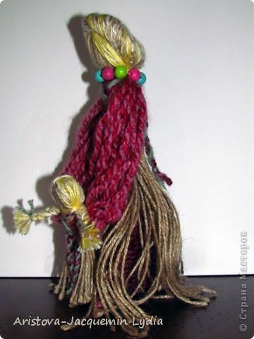 """""""...Это образ женщины с ребёнком, недавно начавшим ходить. Она его поддерживает, учит, ведёт. Мне даже больше кажется - не просто она его ходить учит """"физически"""", а в жизнь выводит.... Какой мудрый у нас народ!..."""" Ирина Харченко http://dobraiaigrushka.blogspot.com/2010/05/blog-post_23.html  фото 4"""
