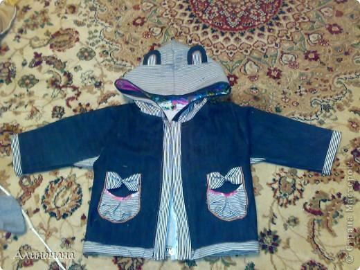 Джинсовая курточка шилась на машинке Джаноме самой простой, которая выполняет строчку и зигзаг фото 2