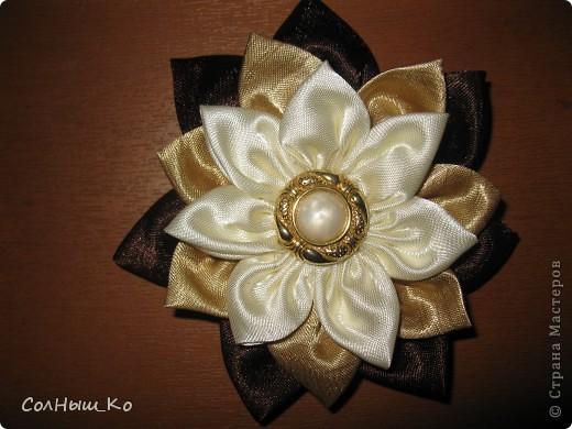 Все цветы сшиты из кругов ткани. фото 4
