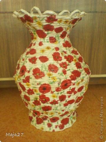 Большая ваза.Очень понравились салфетки с маками.Решила использовать их по максимуму. фото 1