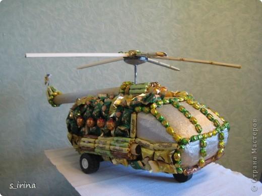 Ми-8-советский/российский многоцелевой вертолёт, разработанный ОКБ М. Л. Миля в начале 1960-х годов.  фото 2