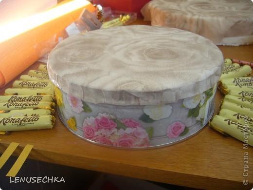Вот такой тортик у меня получился. Надо еще добавить немного зелени. фото 7