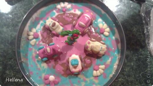 """Что приготовить для детского дня рождения? Вечный вопрос всех мам. Доставить ребенку незабываемые воспоминания в такой день можно и с помощью праздничного стола.  """"Симпотяшки цыплятки"""" - салат сырный: тертый твердый сыр, яйца, чеснок и майонез.     фото 3"""