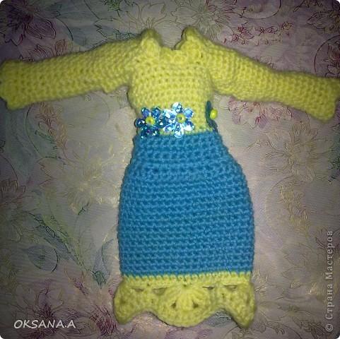 """Это платье для куклы Winx. Она чуть поменьше, чем обычная Барби. Вязала по схеме """"Сиреневый комплект для Братц"""" с этого сайта: http://www.liveinternet.ru/users/3629609/rubric/1355410/page3.html Только добавила лямочки. Нитки использовала Ирис, крючек №2.  фото 5"""