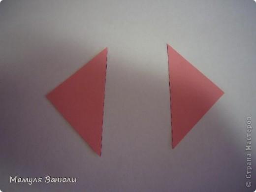 """Решая, какие именно цветочки посадить на Электру, я остановилась на модуле кусудамы """"Цветок"""". Только вот я решила делать элементы цветочка чуть проще: не из квадратика, а из треугольника. Тогда сами лепесточки с тычинками получаются нежнее (тычинок меньше и лепестки в один слой бумаги). фото 3"""