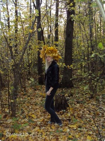 В эту субботу провожали бабье лето))) и решили сплести венок из кленовых листьев, с которым и провели фото сессию... фото 6