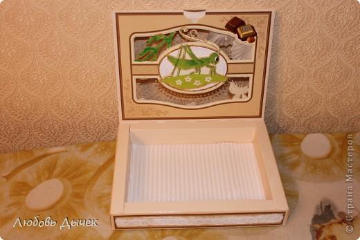 Эта коробочка для заколок была выполнена по просьбе моей четырехлетней внучки.Основой для работы послужила коробка из под конфет. фото 2