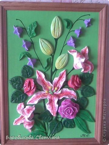 Букет из роз, лилий и колокольчиков фото 1