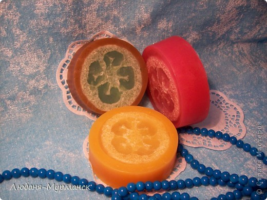 Органика (Англия), масло жожоба, касторовое, вит.Е; аромат - цветочная ваниль (коричневое),  маракуйа (красное),  орхидея (желтое) фото 1