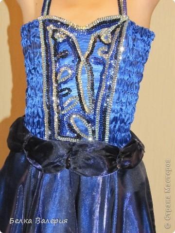 Платье для дочки на выпускной в детском саду, шила сама. Ткань - креп-сатин, верхний слой - органза. фото 3