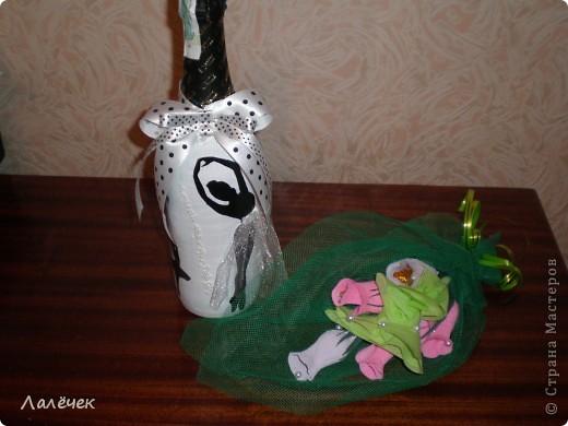 Хочу сказать спасибо Мастерице БОНЯШЕ (Блог Боняша), благодаря ее замечательной идее, получилась и у меня такая вот бутылочка-подарок. фото 4
