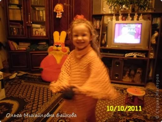 Пончо для внучки. фото 7