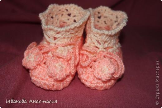 Вязаный комплект для новорожденной фото 4