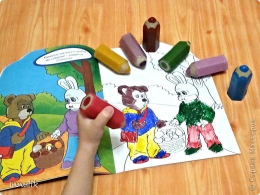 """Вот такой карандашный комплект у меня получился. Ароматы у """"карандашиков"""" (в зависимости от цвета) - фруктовые, ягодные, цветочные, а также мятный (зеленый) и шоколадный (коричневый).  фото 2"""